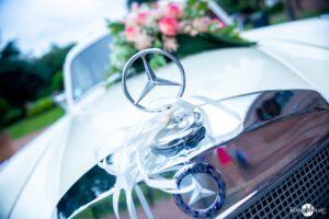 Mercedes voiture de mariage blanche